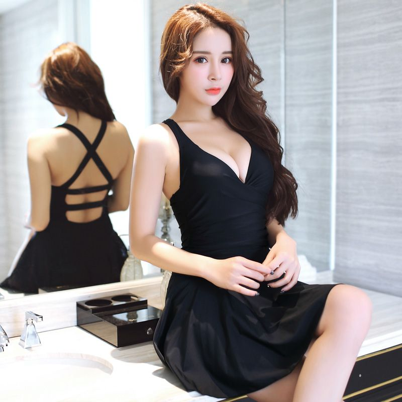 2017 New Black Sexy Women Push Up One Piece Swimsuit Dress Cross Modest Beachwear Ladies Solid Slim Skirt Bathing Suits Swimwear