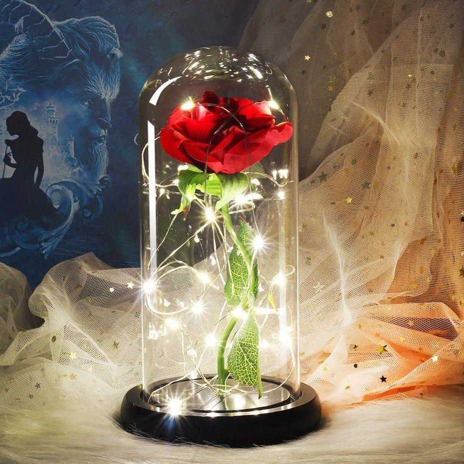 Livraison directe la belle et la bête Rose rouge dans un dôme en verre avec Base en bois lumière LED pour les cadeaux de la saint-valentin