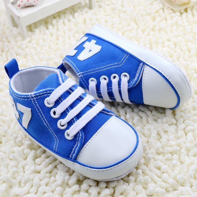 Zapatos de Lona de la manera del Bebé Del Muchacho Del Niño Niñas Zapatos de Cordones Recién Nacido Del Pesebre Primeros Caminante Antideslizante Zapatilla de deporte de Childre