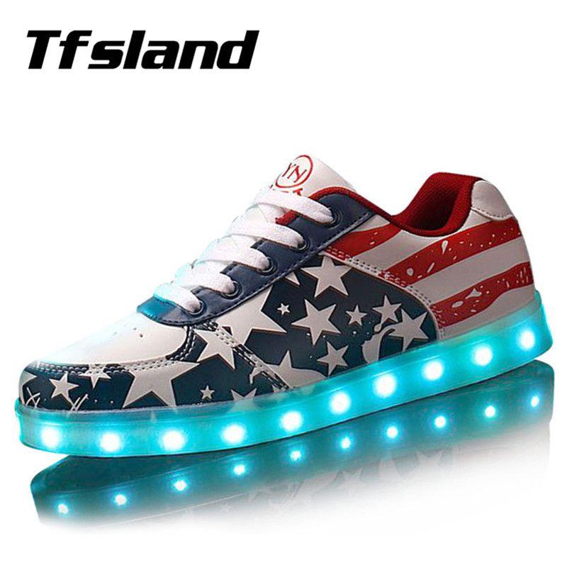 Tfsland hommes femmes lumière LED Up chaussures brillant USB chargeur chaussures LED drapeau américain impression chaussures de marche doux Lumineuse baskets