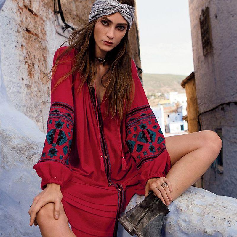 Nouveau automne bouton o-cou coton robe bohème broderie avec bouton large coupe lâche rouge loisirs folk caftans