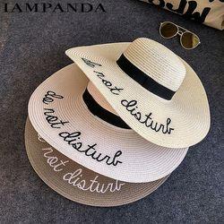 IAMPANDA marque 2017 lettre broderie chapeau Grand bord Dames d'été de paille chapeau jeunesse chapeaux pour femmes Ombre soleil chapeaux chapeau De Plage vente