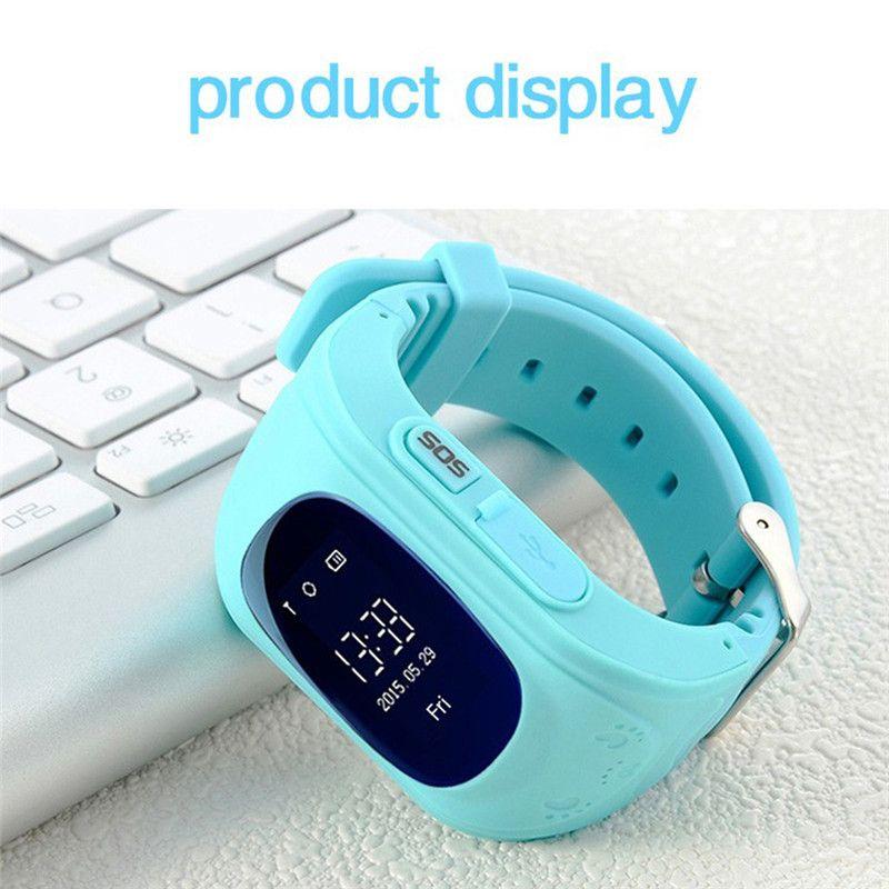 Vente chaude Q50 Enfants Montre Smart Watch avec LBS Positionnement LCD Écran couleur Multiples Langues Enfants smartwatch avec SOS Bouton pour aider