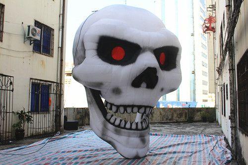 Livraison gratuite 4.5 m haute Géant halloween gonflable décoration halloween crâne