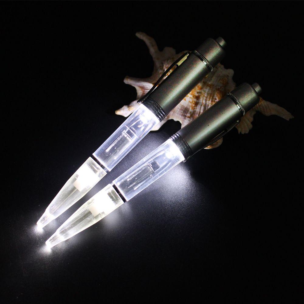 2 pcs PACK Métal LED lumière stylo à bille LED Glow light up stylo matériau Métal Lumière stylo à bille avec supplémentaire recharge et Batteries