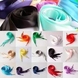 En gros 1 Paire 2 CM Large diverses couleurs Plat Lacets Ruban Satin Lacets lacets Drop Shipping