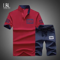 Спортивный костюм для мужчин 2018 бренд фитнес костюмы лето 2 шт. Топ короткий комплект для мужчин s Стенд воротник мода 2 шт. футболка шорты спо...
