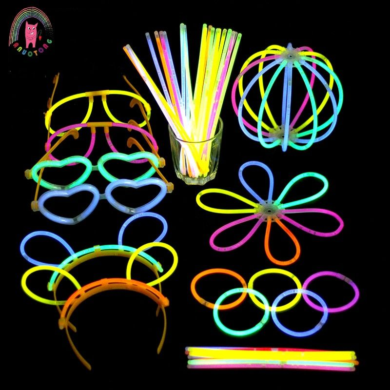 100pcs creative Light Sticks birthday party Christmas Concert children toys seven colors Glow Sticks random color