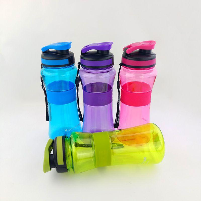 Bouteille d'eau de sport 550ml 700ml avec infuseur de thé bouteilles d'eau potable en plastique portables pour la randonnée vélo vélo cyclisme Camping