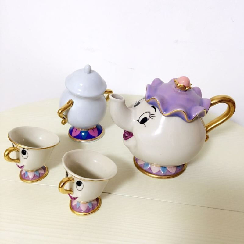 Limited Cartoon Beauty And The Beast Bone China Mug Tea Set Mrs Potts And Chips Teapot Coffee Cup Set Ceramic Cup Xmas Gift