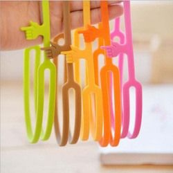 Hot Sale New Cute Silicone Finger Pointing Bookmark Book Mark Office Supply Funny Gift Drop Shipping