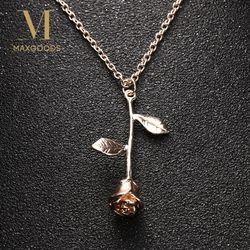 1 Pcs Zarte Rose Blume Anhänger Halskette Charme Gold Silber Schönheit Rose Schmuck Halskette Für Frauen Mädchen