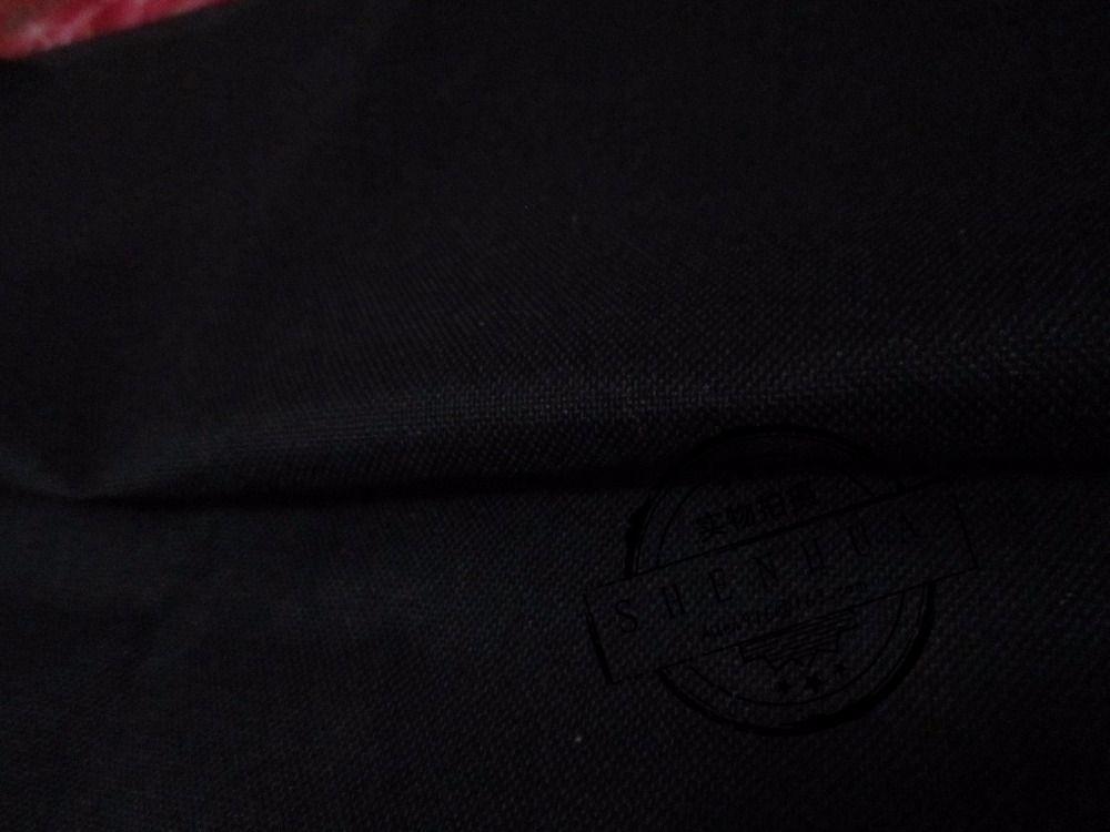 Tissu en nylon noir cordura 1000D Super épais, tissu imperméable à court terme, tissu anti-déchirure. Tissu résistant à l'abrasion