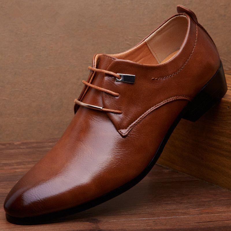 2017 Nouveaux Hommes Appartements Chaussures En Cuir Pointu Oxford Plat Chaussures Hommes Chaussures Pour Hommes Marque De Luxe AVEC la BOÎTE Taille 38-46