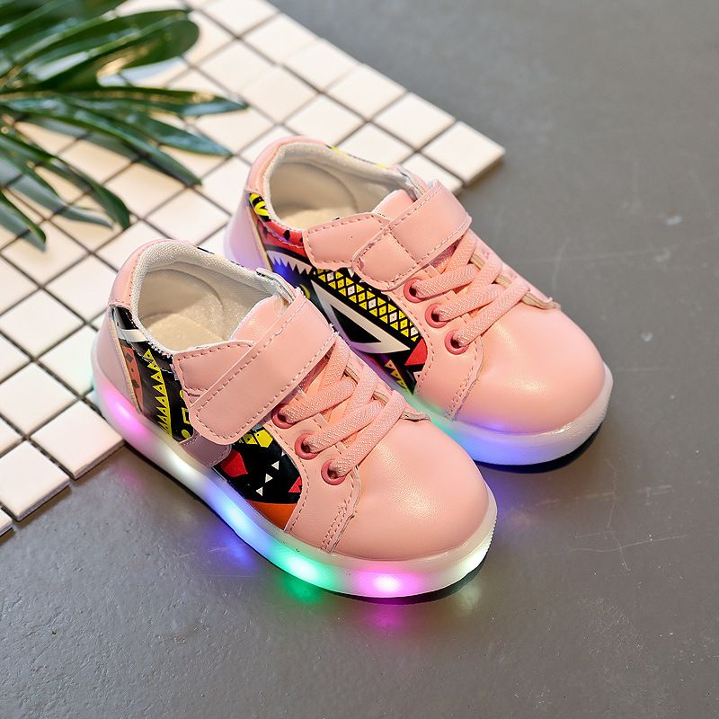2017 New Fashion Children Shoes LED Light Shoes Kids Sneaker Shoes Light Wings USB Children's Sneakers Wholesale