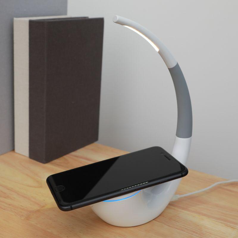 Qi wireless-ladegerät Nillkin 2 in 1 Schreibtisch LED-Licht Drahtlose ladegerät Lampe Augen schutz Leselampen Usb-ladegerät für iPhone X 8