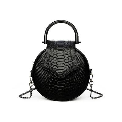 2018 novelty women small snake patter round chain bag femall mini cowhide tote handbag unique designer black one shoulder bag