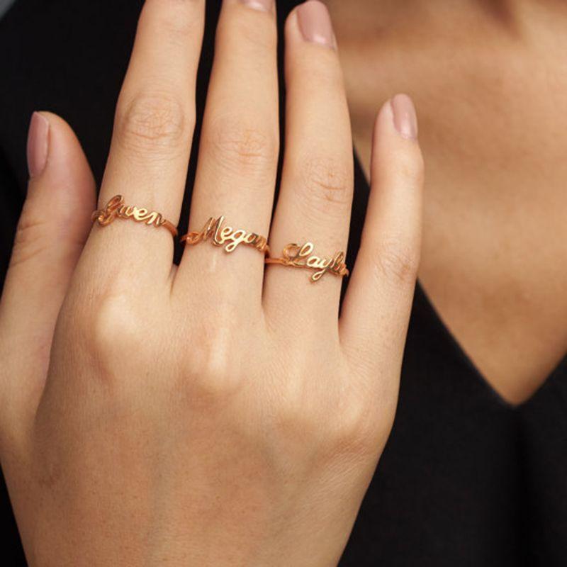 Dainty tout anneau de nom personnalisé personnalisé écriture Signature anneaux cadeau personnalisé pour ses bijoux faits à la main en acier inoxydable
