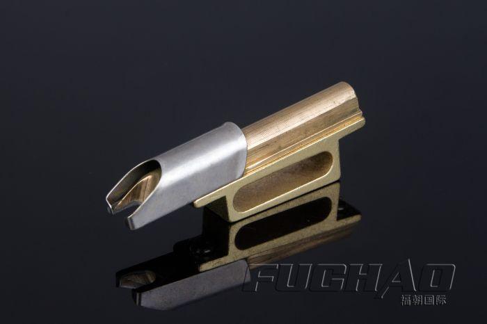Liant pour de Petite taille Cylindre Lit Machine lâche-bas 335 courbe bord liant à coudre outils et accessoire
