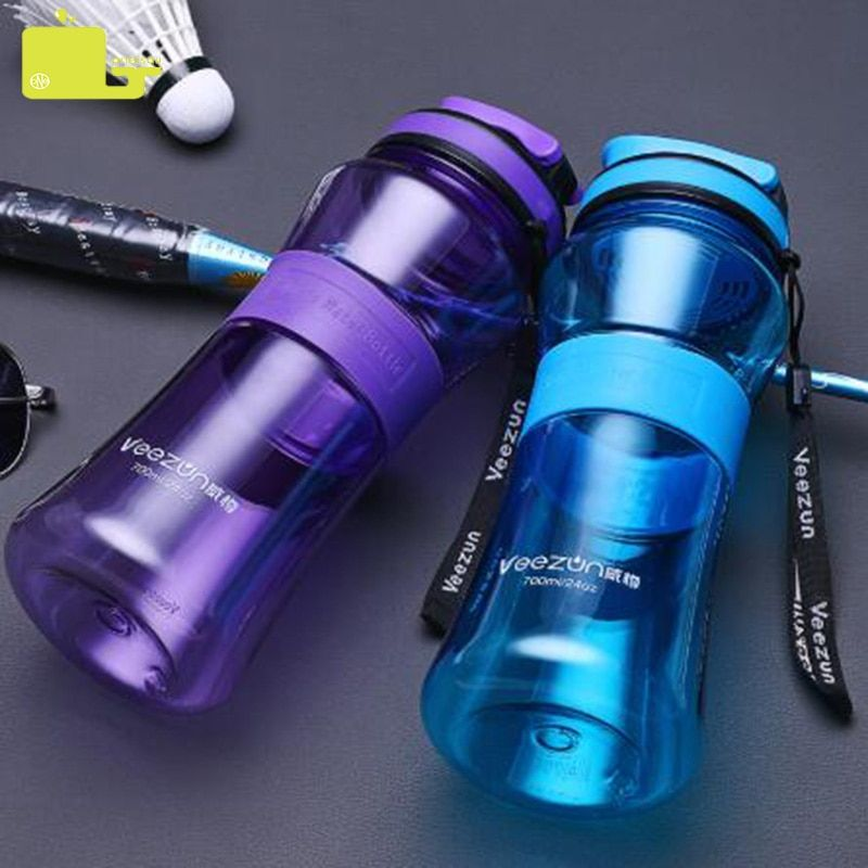 Oneisall bouteille d'eau en Plastique sans BPA Sport bouilloire 700ml portable en plein air Gym Gourde en Plastique boire Direct bouteille de randonnée