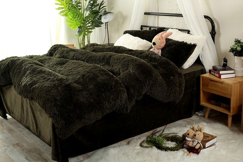 Pure Color Mink Velvet Bedding Sets 13 colors lambs wool Fleece Bed Sheet Duvet Cover set bedclothes Queen size 4 pcs Bed Linen