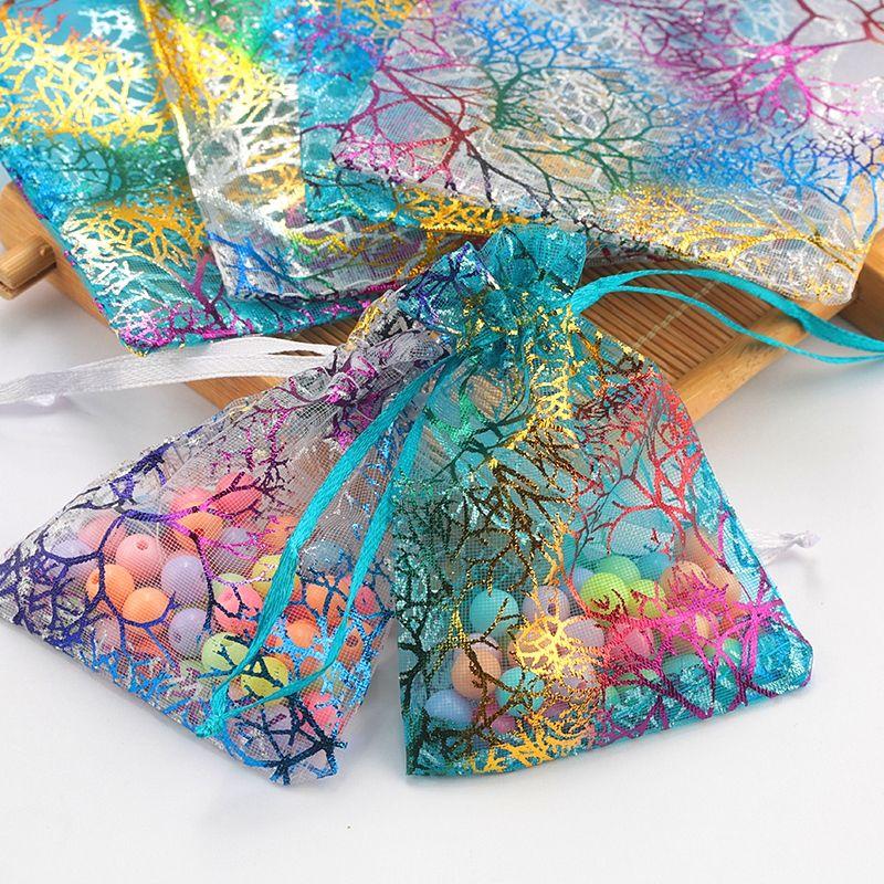 100 pcs/lot Couleur Mixte 3 Tailles Organza Sac cadeau Faveur Sac d'emballage pour le mariage De Noël cadeau emballage, emballage et Affichage De bijoux