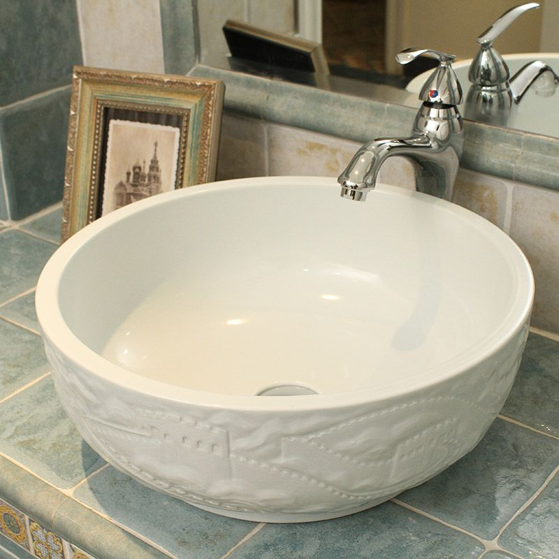 China Hand Geschnitzte Die Große Wand Design Keramik Waschbecken Für Bad Becken
