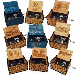 Antiguo de madera tallada Harry potter caja de música Juego de tronos caja musical niños Harry Potter partido Feliz cumpleaños regalos