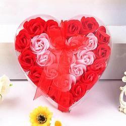 Nouveau mode haute qualité 24 Pcs Coeur Parfumée Corps Bain De Pétale de Fleur De Rose Savon Cadeau De Décoration de Mariage Papier Fantaisie Savon Anne