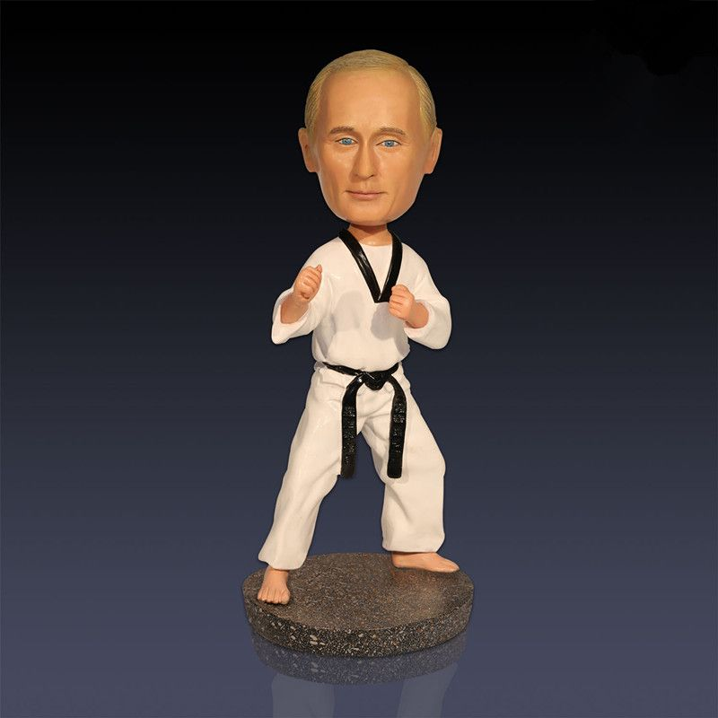 President Vladimir Vladimirovich Putin Taekwondo Colophony Crafts Home Decorations Action Figures Collectible Model Toy L1655