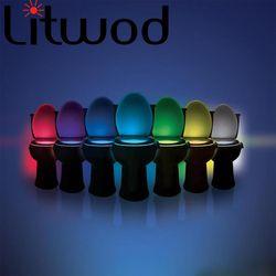Elegante baño inodoro Nightlight LED Cuerpo movimiento activado on/off sensor del asiento lámpara 8 color PIR luz de la noche lámpara