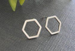 Hollow Line Hive Hexagon Earring Cut Out Hexagon Honeycomb Earring Simple Minimalist Elegant Geometric Earrings
