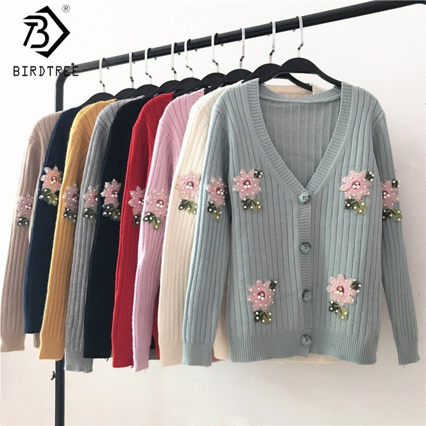 2017 Basic Female Bead Sweater New Fashion Autumn Women Long Sleeves Embroidery Floral Warm Knitted Cardigan V-Neck Tops C7O525A