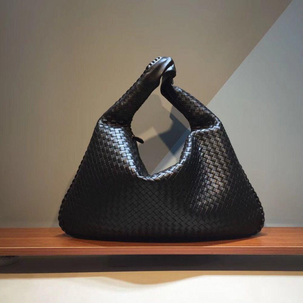 Head layer Sheepskin 2018 Internal and external dermis New pattern High-capacity Woman Wovenbag The single shoulder bag