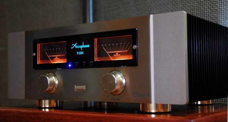 Kopie Accuphase E-550 Pure Class EIN betrieb (30w-8 Ω) garantiert linear power MOS-FET 3 parallel push-pull konfiguration