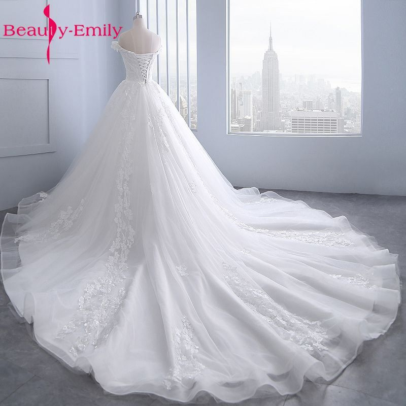 Beauty Emily White Wedding Dresses 2018 Sexy Beads Tulle Appliques Ball Gowns Bride Dress Long Wedding Gowns Custom made