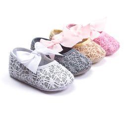 Mode Dentelle Arc Filles Chaussures Joli Bébé Princesse Chaussures Printemps Automne Bébé Chaussures À Semelle Souple 11 cm 12 cm 13 cm