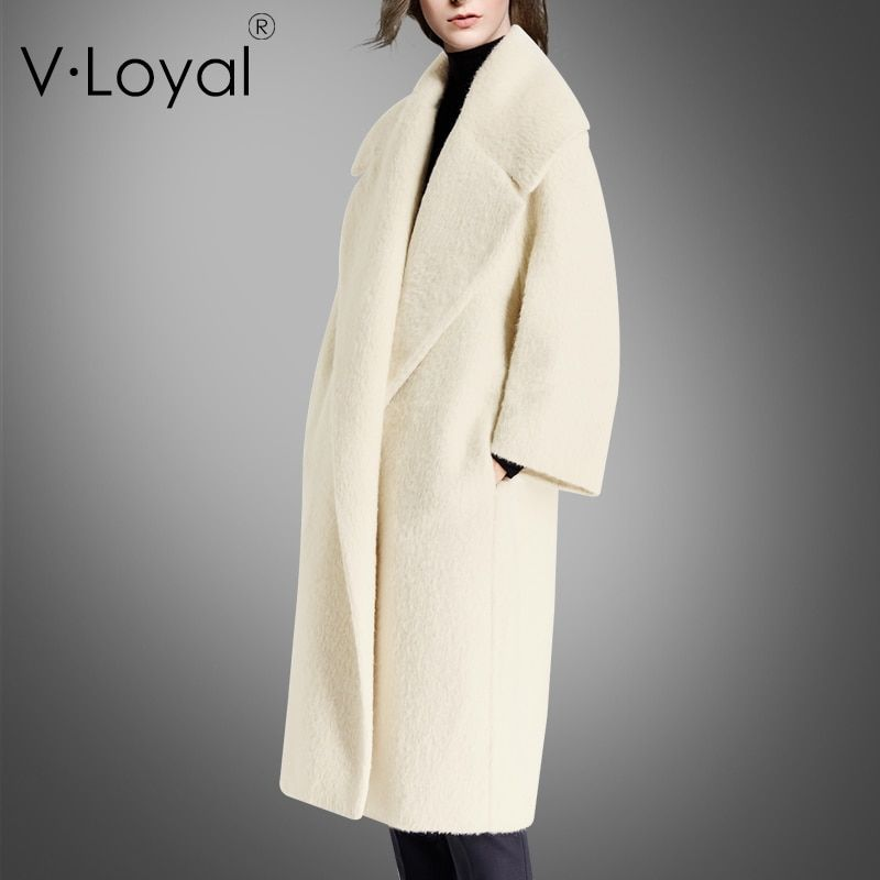New fashions of winter and autumn, alpaca wool, cashmere coat, lapel and fur coat