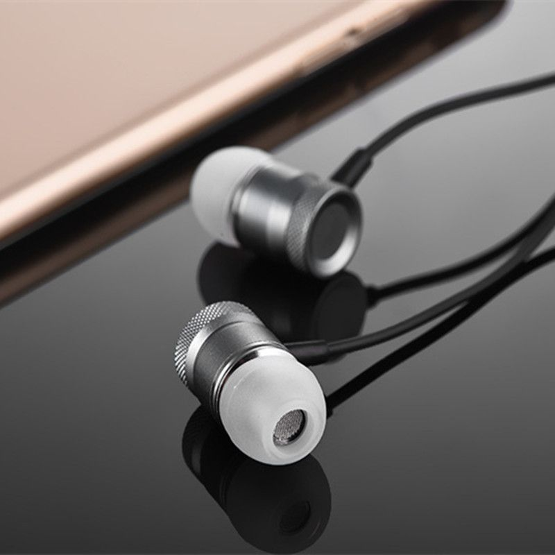 Sport Earphones Headset For Motorola XT532 XT615 XT685 XT701 XT720 Milestone MOTOROI XT760 Mobile Phone Gamer Earbuds Earpiece