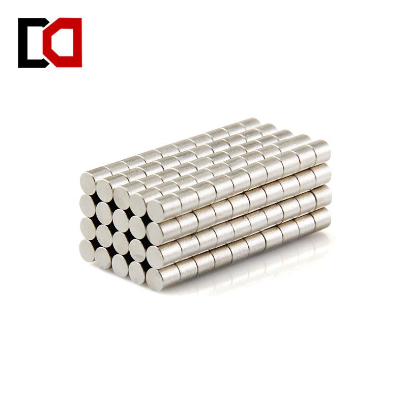 100ps cylinder 3x3mm N50 rare earth permanent industrial strong neodymium magnet NdFeB magnets nickle wholesale
