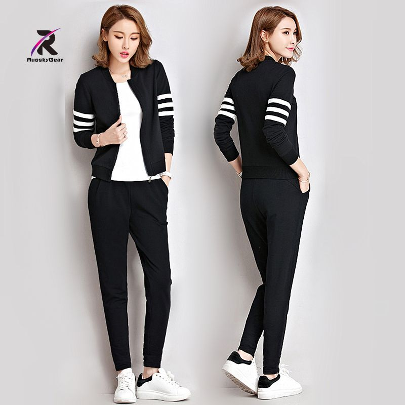 Women Clothes New Yoga Sets Autumn Winter Run Sportswear 2 Piece Sets Women Warm Sports Suits Female Fitness Sets Free Shipping