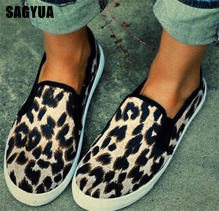 2019 Leopard canvas shoes Women Thick bottom Breathable casual shoes spring Ladies shllow Comfort Non-slip loafers big size A460