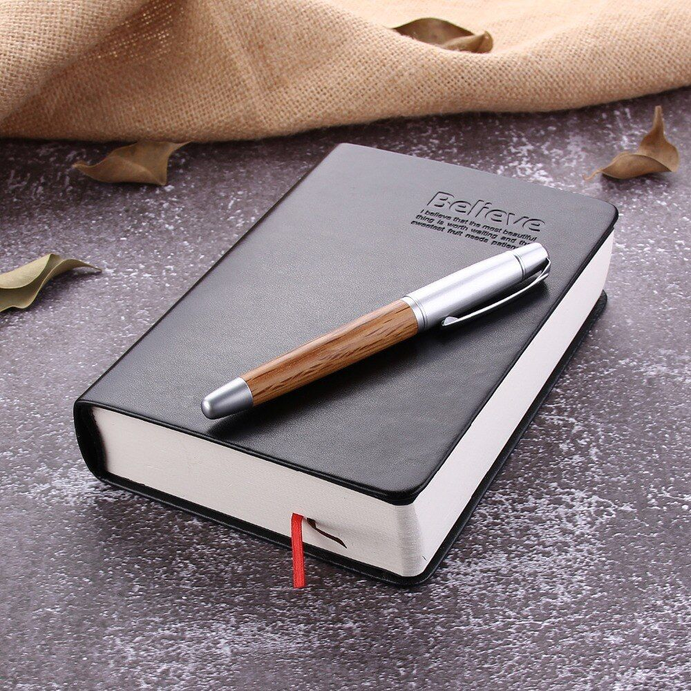 En cuir Journal Bible Livre Zakka Revues Bible Épaissie Portable Bureau de L'école Papeterie