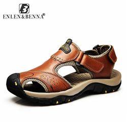 Marque D'été Véritable Sandales En Cuir Hommes Occasionnels Chaussures sneakers En Plein Air Plage Chaussures Masculins Indigènes Semelle En Caoutchouc Sandales Sport