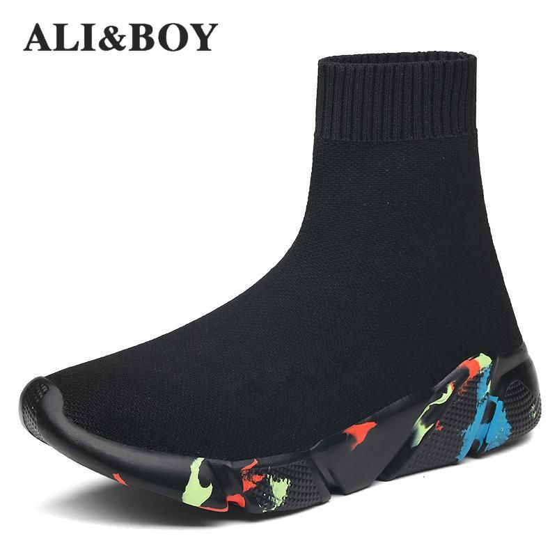 2019 New Sneakers Women Men Knit Upper Breathable Sport Shoes Sock Boots Woman Chunky Shoes High Top Running Shoes For Men Women