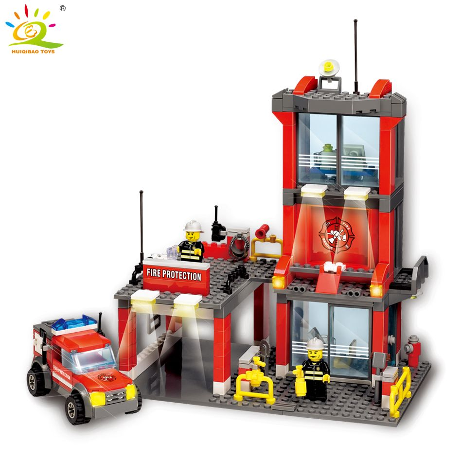 300pcs City Fire Station set Building <font><b>Blocks</b></font> Firefighter figures Compatible legoed city Truck Enlighten Bricks Toys for Children