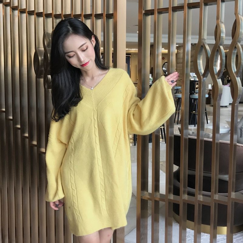 Harajuku Sweet Long Sexy V-neck Knitted Sweater Women Winter Tops 2018 Korean Style Yellow White Pink Knit Sweaters Women K520