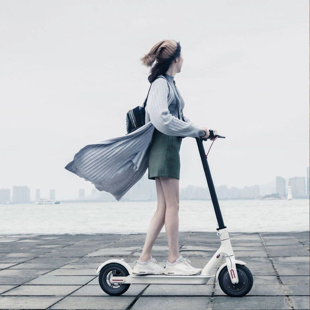 2018 Xiaomi Electronic Scooter 2 Wheels Foldable Smart Scooter Skate Board Hoverboard Adult 30km Battery Bike Kick Scooters