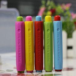 10 PCS Wholesale new Dustless Chalk Holder Pen Chalk clip For Teacher Porta Tiza On Blackboard Sticker Chalkboard