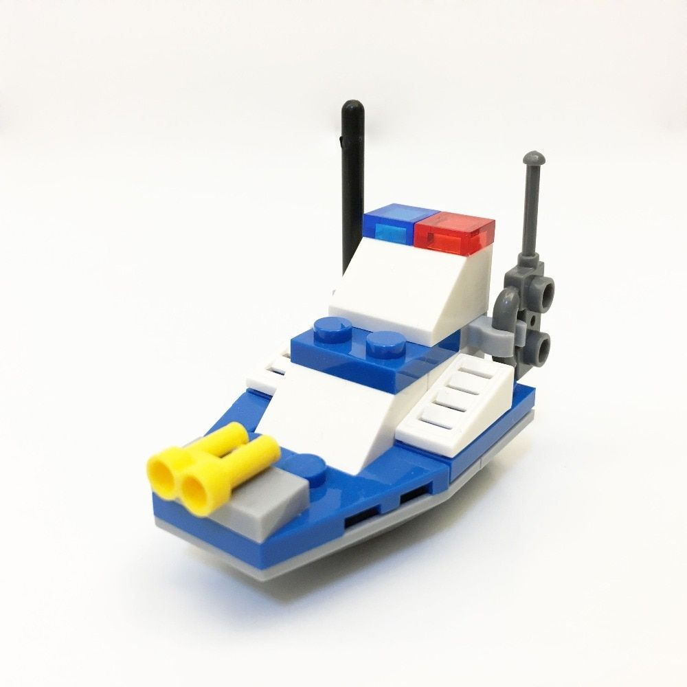 2525 KapllEarly education digital Blocks chase police boat Block toy Brick ABS Toy racing locomotive car Exploiter block 8colour